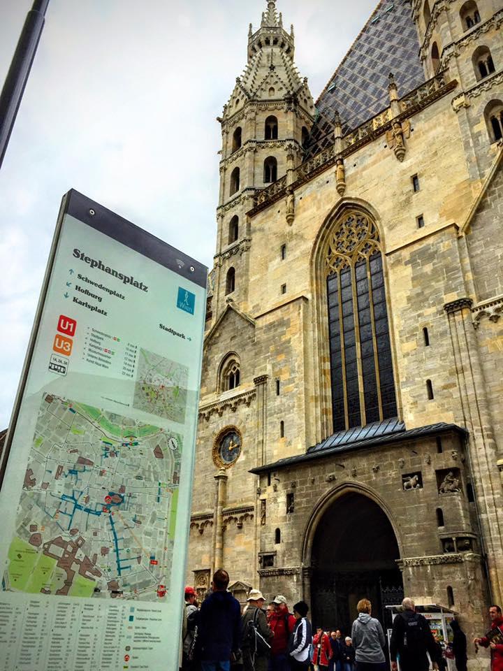 Orientierungstele am Stephansplatz