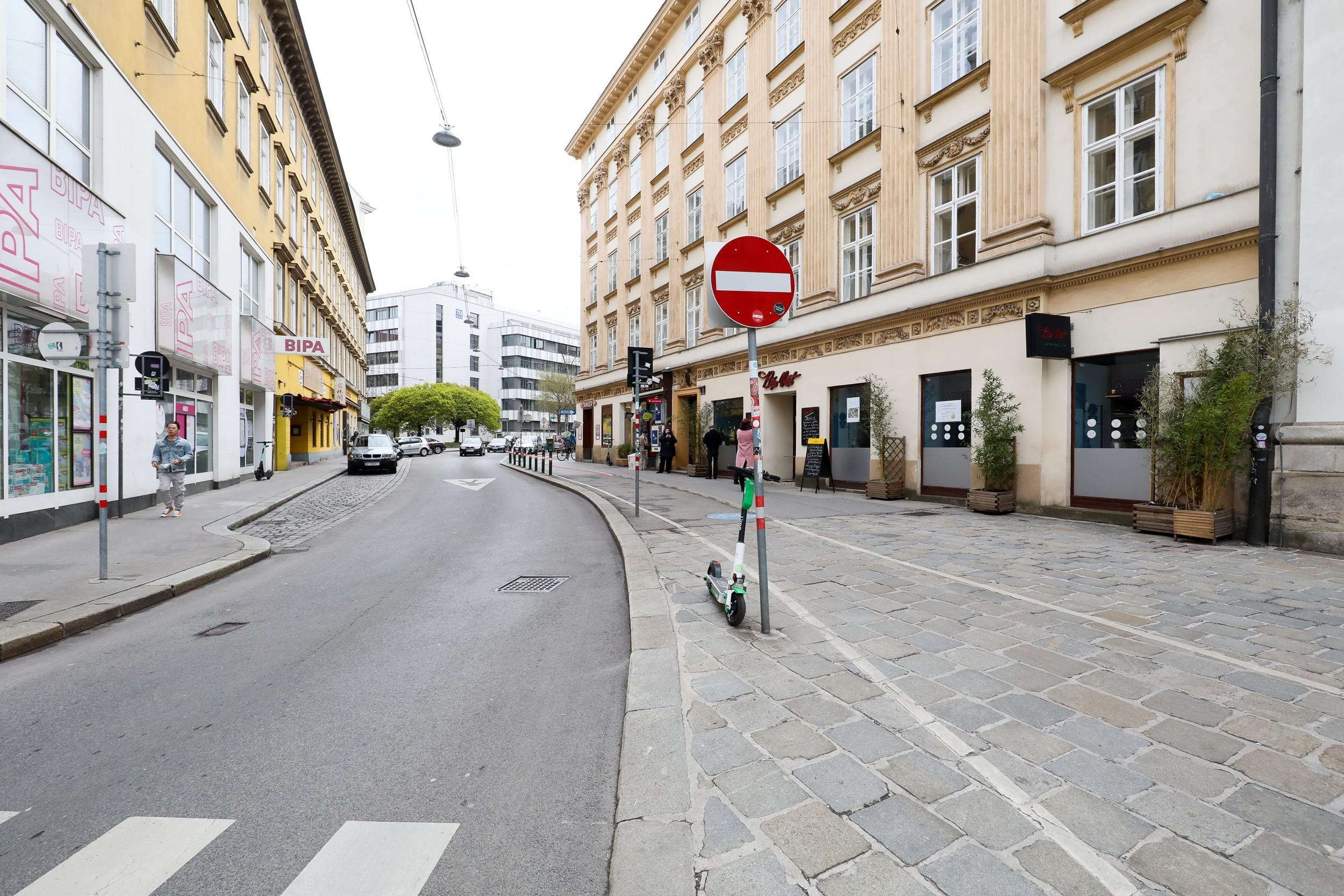 Engstelle auf der Favoritenstraße vor dem Umbau