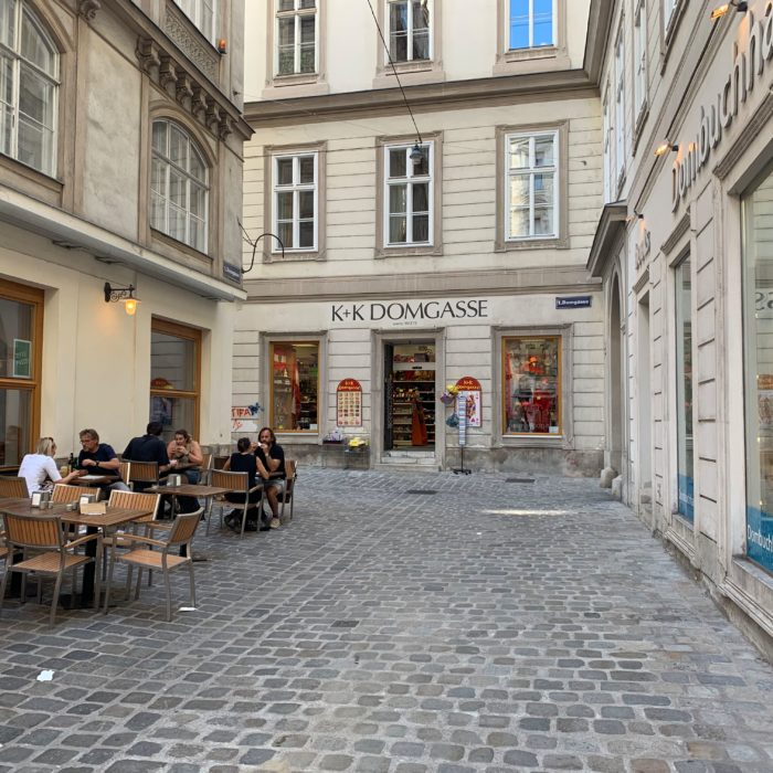 Pflasterung in der Domgasse in der Wiener Innenstadt